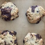 Levain chocolate chip cookies