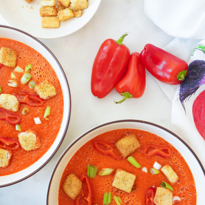 5 minutes roasted pepper gazpacho