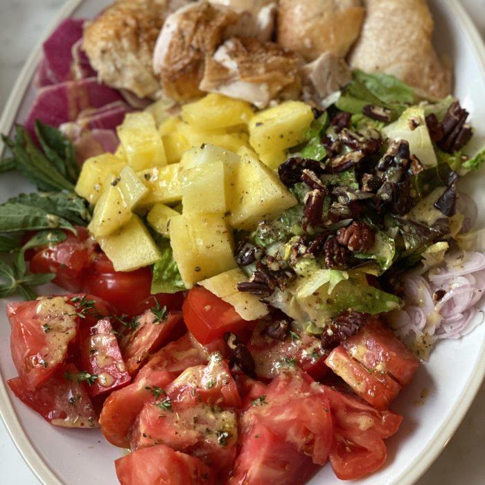 Summery chicken dinner platter