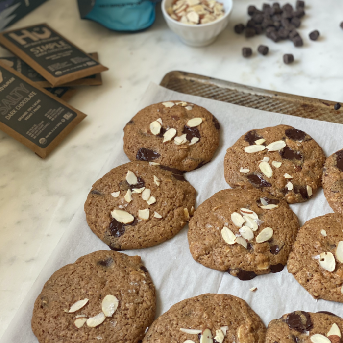 Almond chocolate chips cookies