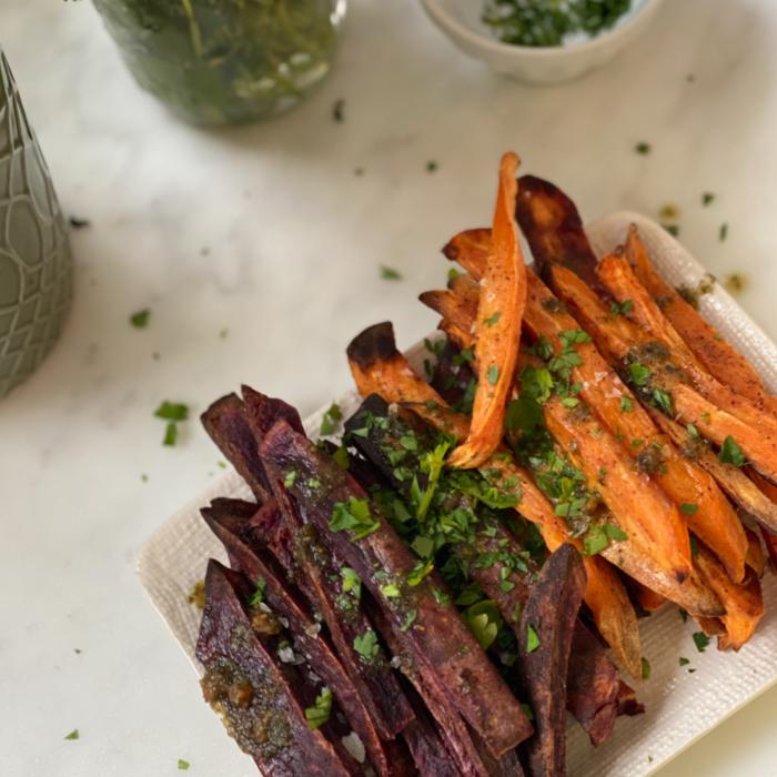 addictive garlicky sweet potato fries