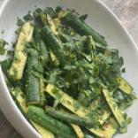 5 minutes crunchy sautée mini zucchini