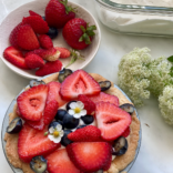 Summer almond and berry tartlet