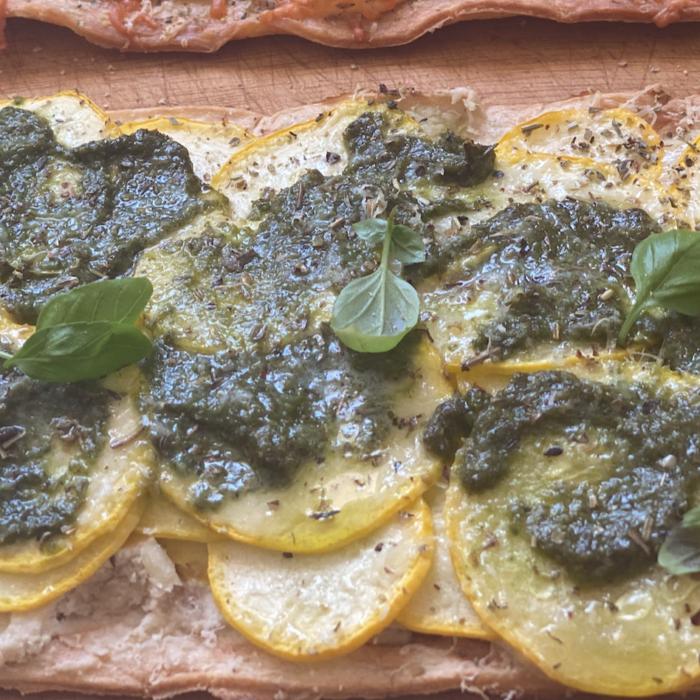Zucchini flat bread pizza